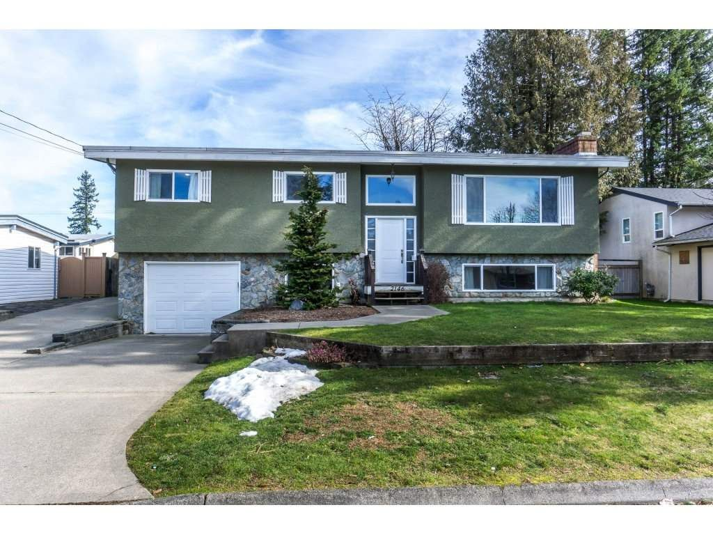 Main Photo: 2146 BAKERVIEW Street in Abbotsford: Abbotsford West House for sale : MLS®# R2244613