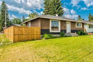 Photo 3: 4703 Waverley Drive SW in Calgary: Westgate Detached for sale : MLS®# A1121500