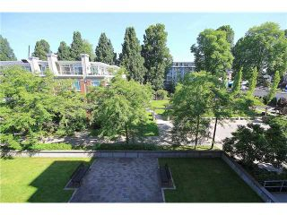 """Photo 12: 308 2655 CRANBERRY Drive in Vancouver: Kitsilano Condo for sale in """"NEW YORKER"""" (Vancouver West)  : MLS®# V1017086"""