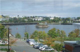 Main Photo: : Condo / Townhouse for sale (Victoria West Victoria Victoria Vancouver Island/Smaller Islands British Columbia)  : MLS®# 239828