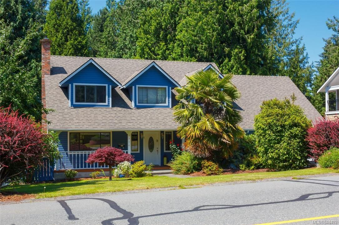 Main Photo: 8714 Forest Park Dr in North Saanich: NS Dean Park House for sale : MLS®# 844492