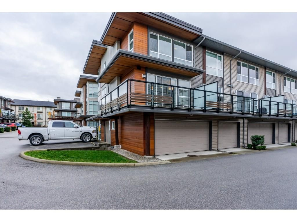 """Main Photo: 14 16223 23A Avenue in Surrey: Grandview Surrey Townhouse for sale in """"Breeze"""" (South Surrey White Rock)  : MLS®# R2326131"""