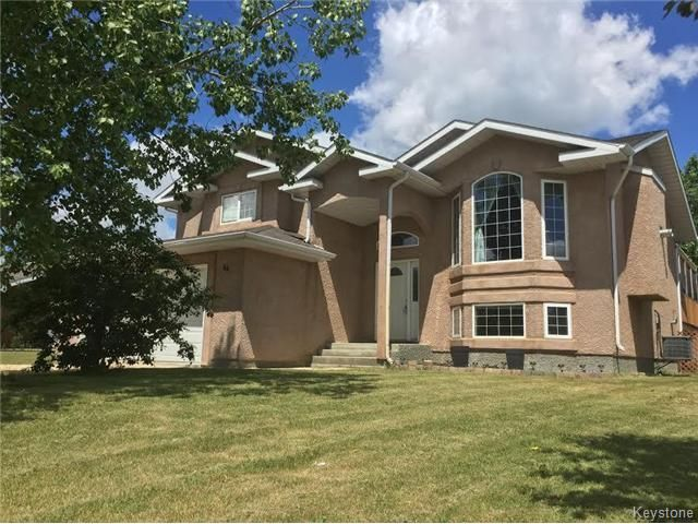 FEATURED LISTING: 44 Edelweiss Crescent Niverville