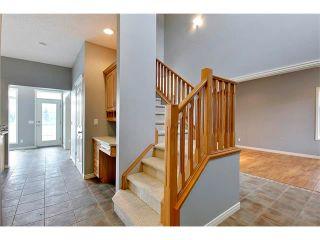 Photo 10: 19 HIDDEN CREEK Green NW in Calgary: Hidden Valley House for sale : MLS®# C4047943