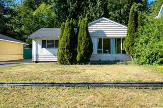 Photo 2: 1364 W 23RD STREET in North Vancouver: Pemberton Heights House for sale : MLS®# R2067265