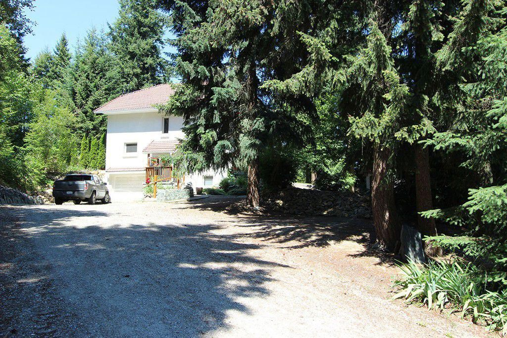 Main Photo: 2713 Tranquil Place: Blind Bay House for sale (South Shuswap)  : MLS®# 10113448