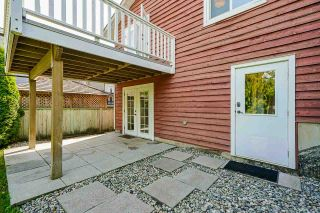 """Photo 29: 850 PARKER Street: White Rock House for sale in """"EAST BEACH"""" (South Surrey White Rock)  : MLS®# R2587340"""