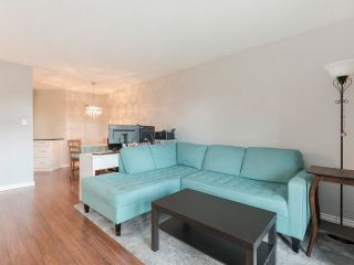 """Photo 7: 116 836 TWELFTH Street in New Westminster: West End NW Condo for sale in """"LONDON PLACE"""" : MLS®# R2579228"""