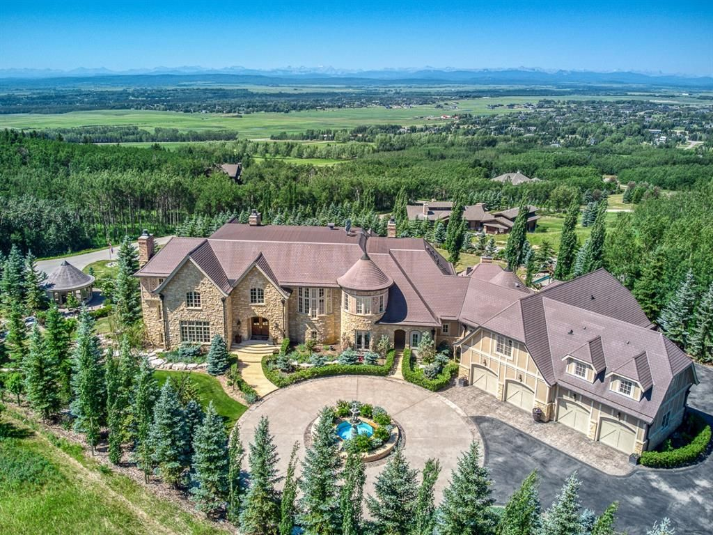 Main Photo: 25130 Escarpment Ridge View in Rural Rocky View County: Rural Rocky View MD Detached for sale : MLS®# A1126508