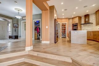 Photo 12: 39 Slopes Grove SW in Calgary: Springbank Hill Detached for sale : MLS®# A1110311