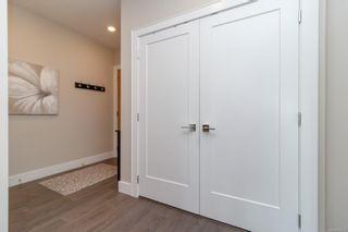 Photo 4: 505 747 Travino Lane in : SW Royal Oak Condo for sale (Saanich West)  : MLS®# 872372