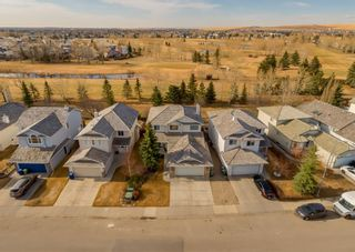 Photo 2: 1123 Woodside Way NW: Airdrie Detached for sale : MLS®# A1090887