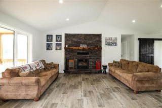 Photo 13: 22 Deer Bay in Grunthal: R16 Residential for sale : MLS®# 202117046