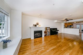 """Photo 4: 7332 SALISBURY Avenue in Burnaby: Highgate Townhouse for sale in """"BONTANICA"""" (Burnaby South)  : MLS®# R2430415"""
