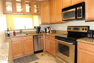 Photo 2: PACIFIC BEACH Condo for sale : 1 bedrooms : 860 Turquoise St #131 in San Diego