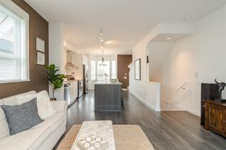 """Photo 4: 30 8438 207A Street in Langley: Willoughby Heights Townhouse for sale in """"YORK by Mosaic"""" : MLS®# R2396335"""