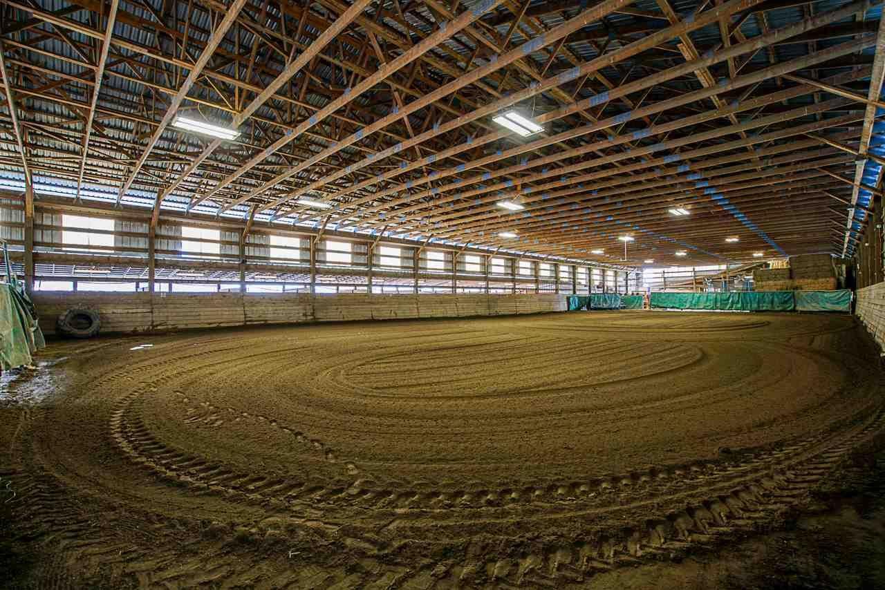 Main Photo: 1280 POWERHOUSE Road in Abbotsford: Sumas Prairie House for sale : MLS®# R2565055