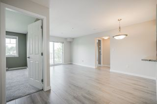"Photo 11: 209 33960 OLD YALE Road in Abbotsford: Central Abbotsford Condo for sale in ""OLD YALE HEIGHTS"" : MLS®# R2480632"