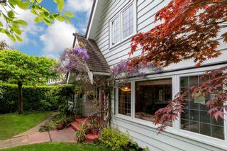 Photo 4: 2588 WALLACE Crescent in Vancouver: Point Grey House for sale (Vancouver West)  : MLS®# R2599733