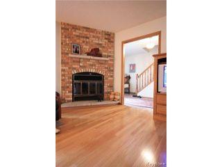 Photo 3: 40 Lonergan Place in WINNIPEG: Windsor Park / Southdale / Island Lakes Residential for sale (South East Winnipeg)  : MLS®# 1512356