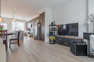 Photo 15: 145 Shawnee Common SW in Calgary: Shawnee Slopes Row/Townhouse for sale : MLS®# A1097036