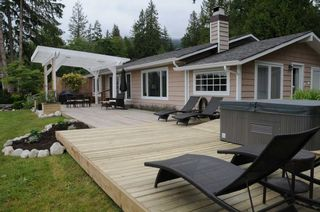 Photo 2: 6173 & 6179 SECHELT INLET ROAD in Sechelt: Sechelt District House for sale (Sunshine Coast)  : MLS®# R2341719