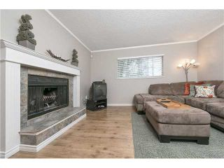 """Photo 4: 225 BALMORAL Place in Port Moody: North Shore Pt Moody Townhouse for sale in """"BALMORAL PLACE"""" : MLS®# V1050770"""