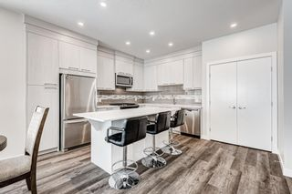 Photo 2: 125 Redstone Crescent NE in Calgary: Redstone Row/Townhouse for sale : MLS®# A1124721