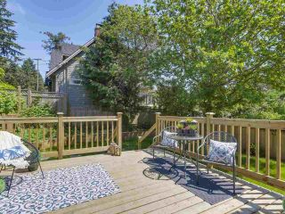 """Photo 10: 6076 HIGHBURY Street in Vancouver: Southlands House for sale in """"Southlands"""" (Vancouver West)  : MLS®# R2301534"""
