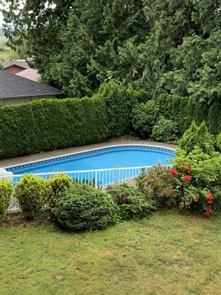 """Photo 28: 18102 CLAYTONWOOD Crescent in Surrey: Cloverdale BC House for sale in """"Claytonwoods"""" (Cloverdale)  : MLS®# R2580715"""