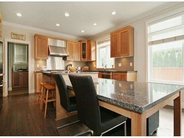 Photo 4: Photos: 17290 1ST AV in Surrey: Pacific Douglas House for sale (South Surrey White Rock)  : MLS®# F1424091