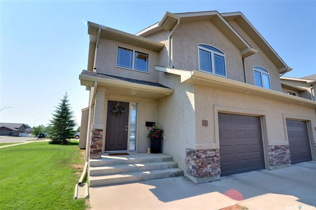 Main Photo: 1 1600 Muzzy Drive in Prince Albert: Crescent Acres Residential for sale : MLS®# SK862883