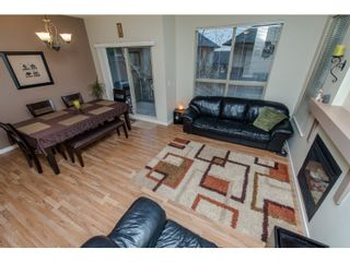 """Photo 2: 80 20350 68 Avenue in Langley: Willoughby Heights Townhouse for sale in """"SUNRIDGE"""" : MLS®# R2029357"""