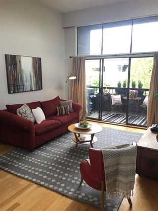 """Photo 18: 309 2255 W 8TH Avenue in Vancouver: Kitsilano Condo for sale in """"The West Wind"""" (Vancouver West)  : MLS®# R2167714"""