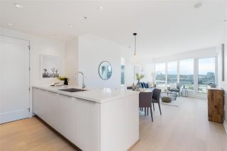 """Photo 11: 807 181 W 1ST Avenue in Vancouver: False Creek Condo for sale in """"BROOK AT THE VILLAGE"""" (Vancouver West)  : MLS®# R2591261"""