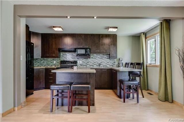 Photo 5: Photos: 427 Dowling Avenue in Winnipeg: East Transcona Residential for sale (3M)  : MLS®# 1716134