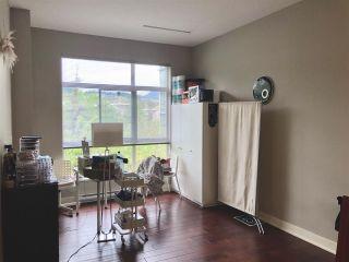 Photo 3: 403 2957 GLEN Drive in Coquitlam: North Coquitlam Condo for sale : MLS®# R2573034