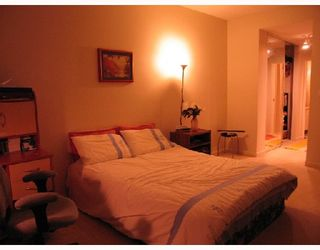 """Photo 6: 208 7633 ST ALBANS Road in Richmond: Brighouse South Condo for sale in """"ST ALBANS CRT"""" : MLS®# V685973"""