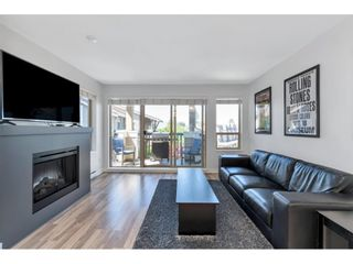 "Photo 5: 403 8915 202 Street in Langley: Walnut Grove Condo for sale in ""Hawthorne"" : MLS®# R2596727"