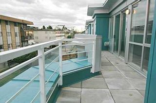 "Photo 10: 122 E 3RD Street in North Vancouver: Lower Lonsdale Condo for sale in ""THE SAUSALITO"" : MLS®# V622210"