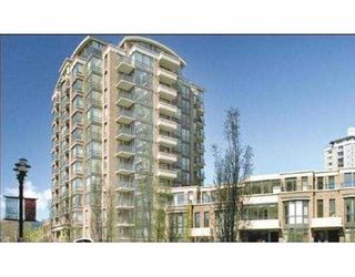"""Photo 1: 205 170 W 1ST ST in North Vancouver: Lower Lonsdale Condo for sale in """"ONE PARK LANE"""" : MLS®# V577791"""