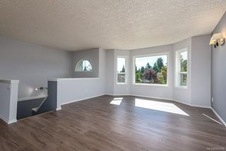 Photo 5: 44 Mitchell Rd in : CV Courtenay City House for sale (Comox Valley)  : MLS®# 884094