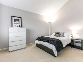 Photo 9: 2852 W 8TH Avenue in Vancouver: Kitsilano 1/2 Duplex for sale (Vancouver West)  : MLS®# R2145094