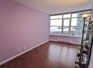 Photo 7: 2201 892 CARNARVON STREET in New Westminster: Downtown NW Condo for sale : MLS®# R2499563