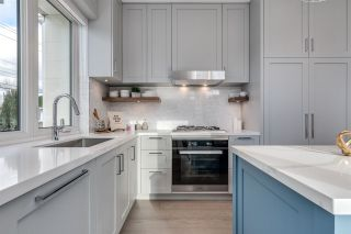 """Photo 4: 7857 GRANVILLE Street in Vancouver: South Granville Townhouse for sale in """"LANCASTER"""" (Vancouver West)  : MLS®# R2620711"""