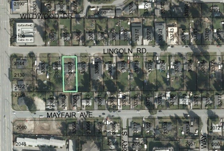 Main Photo: 33658 LINCOLN Road in Abbotsford: Central Abbotsford House for sale : MLS®# R2543216