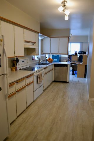Photo 2: 2757 MOYIE Street in Prince George: South Fort George House for sale (PG City Central (Zone 72))  : MLS®# R2330572