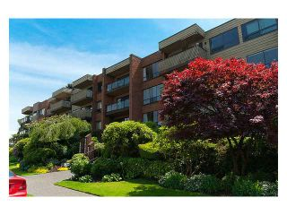 """Photo 3: 318 2366 WALL Street in Vancouver: Hastings Condo for sale in """"LANDMARK MARINER"""" (Vancouver East)  : MLS®# V1031253"""