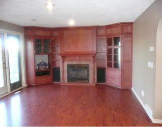 Photo 8: 258 MAPLE GROVE Crescent: Strathmore Residential Detached Single Family for sale : MLS®# C3414444