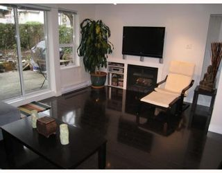 """Photo 4: 104 876 W 14TH Avenue in Vancouver: Fairview VW Condo for sale in """"WINDGATE LAUREL"""" (Vancouver West)  : MLS®# V760863"""